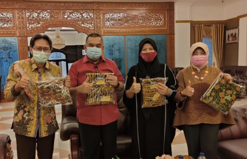Wakil Gubernur Riau Apresiasi Batik Rohul, Begini Penampakan Coraknya