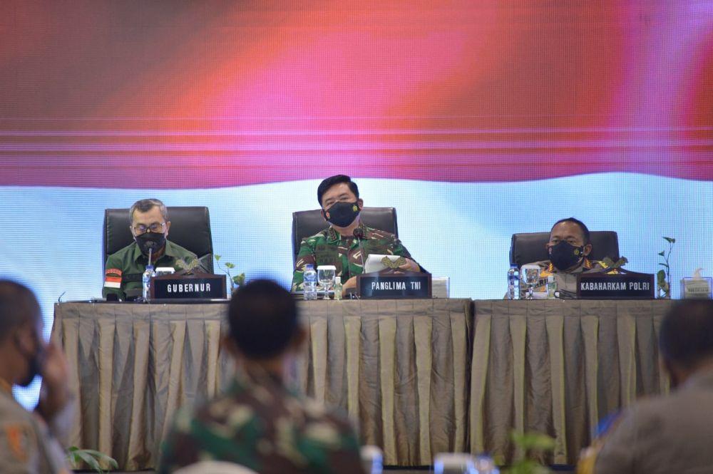 Zonasi Risiko Dibawah Level IV, Panglima TNI Apresiasi Gubernur dan Tim Satgas COVID-19 Riau