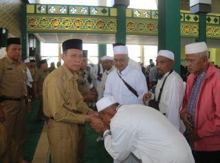 Ribuan Masyarakat Sambut Kedatangan Jemaah Haji Pelalawan
