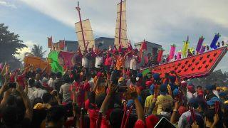 Ritual Bakar Tongkang Masuk Destinasi Wisata Dunia
