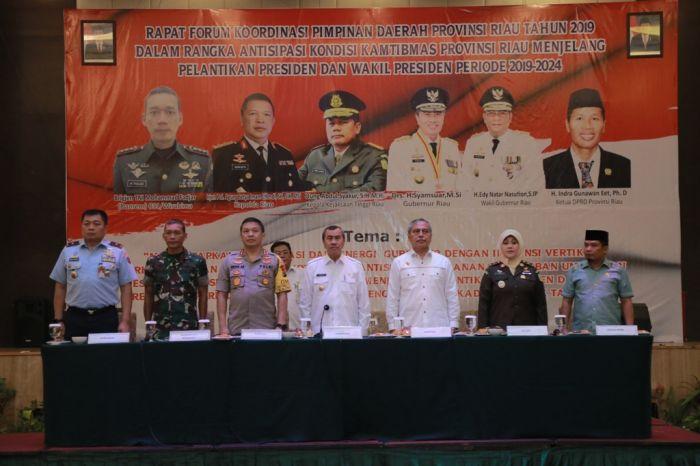 Gubernur Riau Hadiri Rapat Forkopimda
