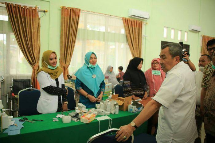 Gubri Tinjau Posko Kesehatan dan Rumah Singgah