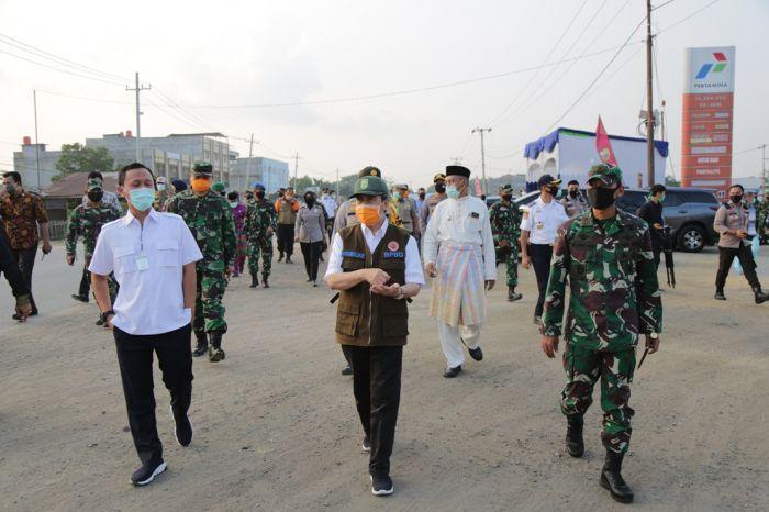Gubernur Riau Tinjau Posko Pekanbaru-Kampar