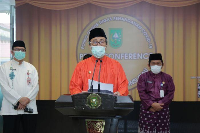 Konfrensi Pers Gubernur Riau