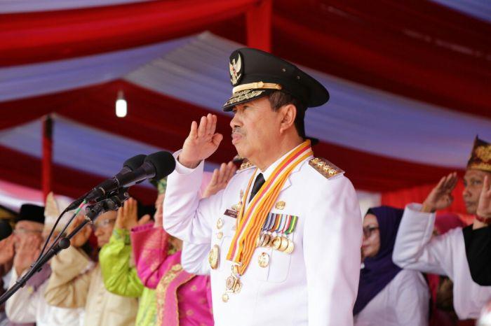 Penghormatan Gubernur Riau
