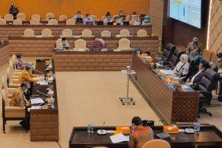 Gubri Rapat dengan Komisi V DPR RI